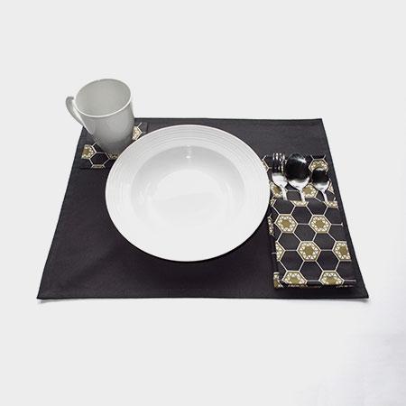 Commune Hex Table Linen
