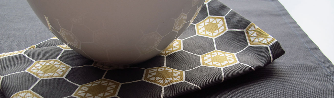 HEX BY LOOM FOR COMMUNE
